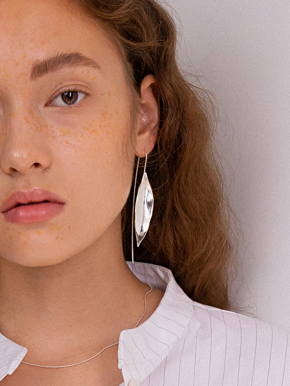 18FW Dry seeds drop earring