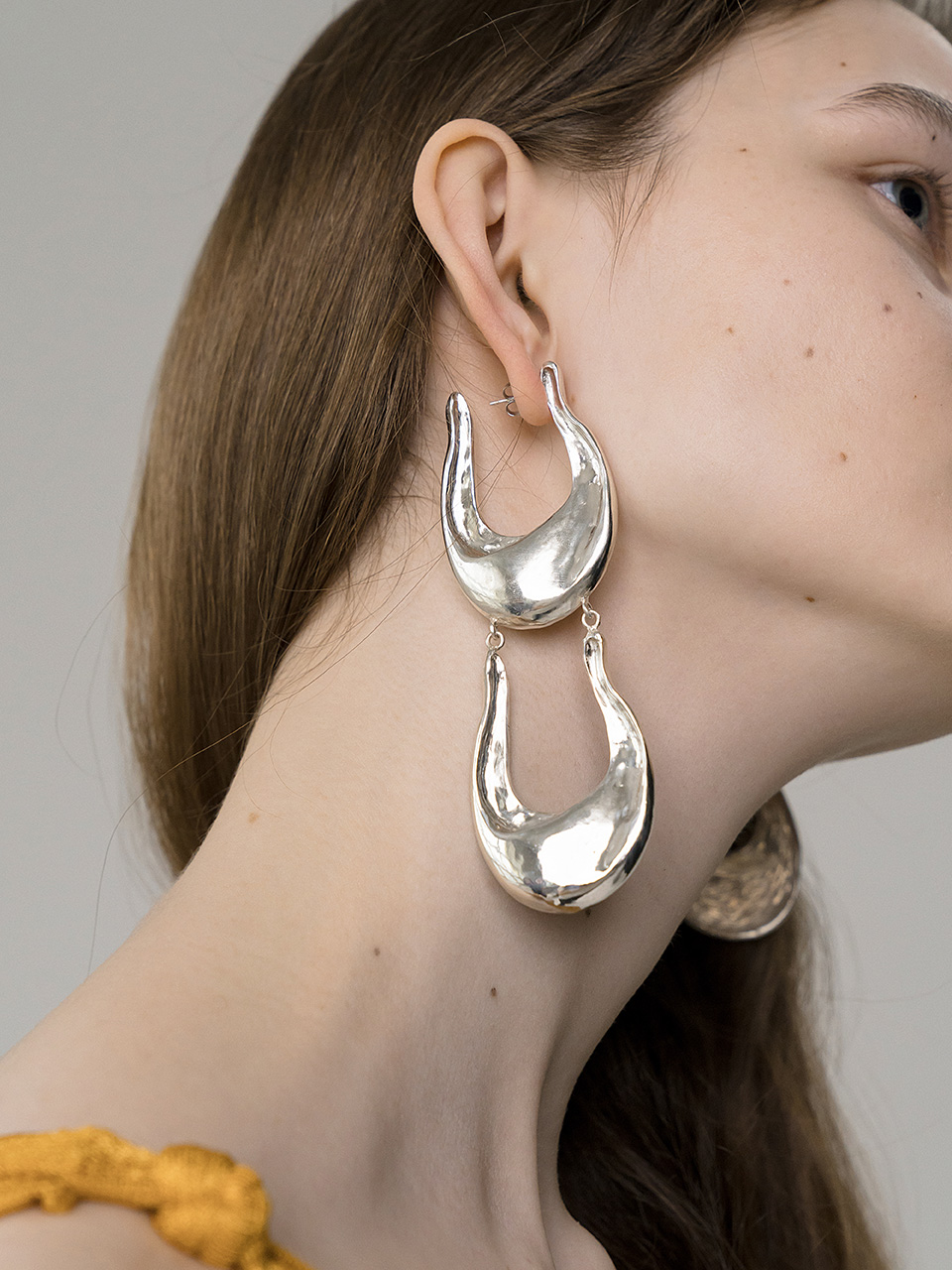 Big wave earring