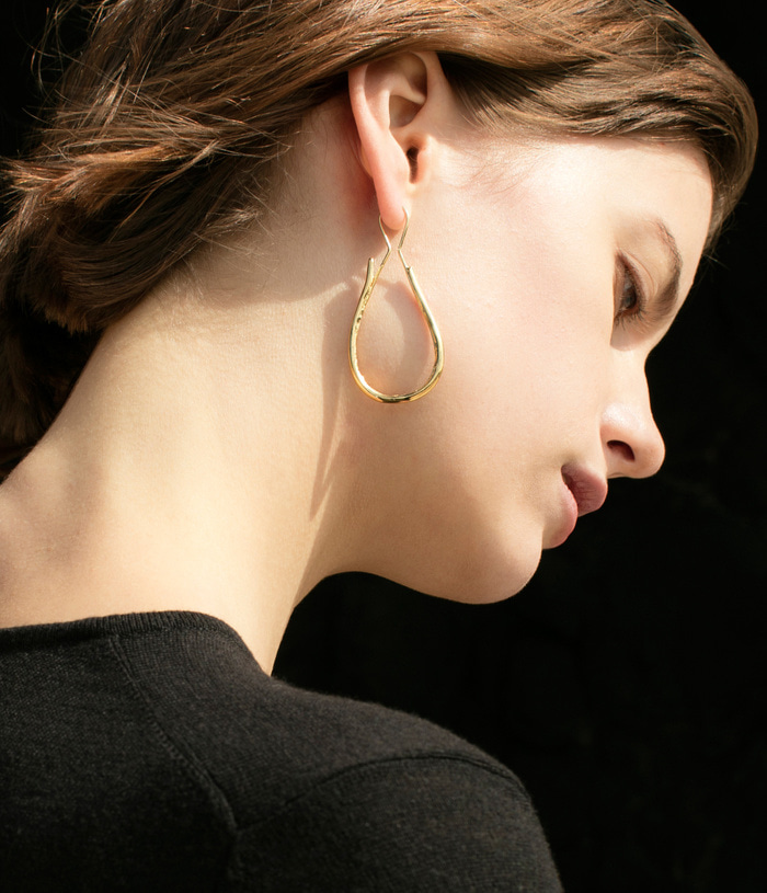 Pottery bone earring - gold