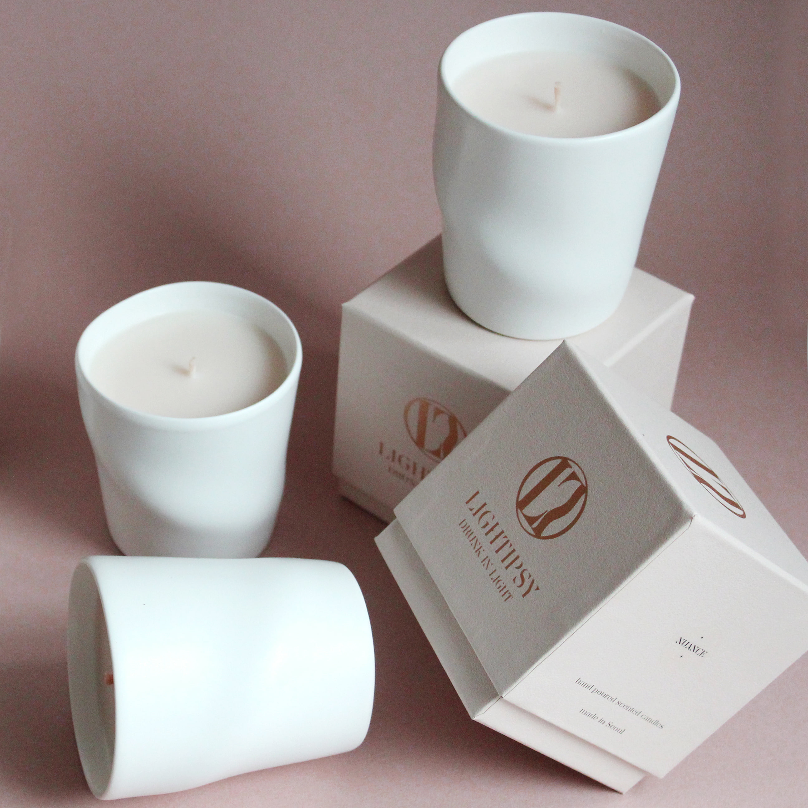 CURVES CERAMIC CANDLE