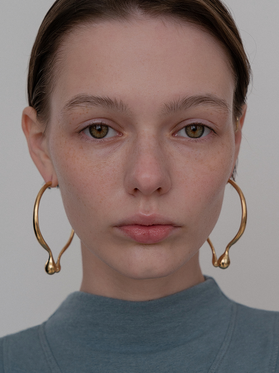 Bulb oval earring - gold